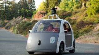 Le auto che si guidano da sole sono tra noi, ma noi siamo pronti?
