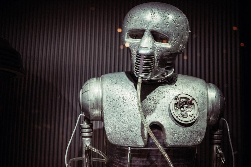 I medici robot di Star Wars sono già una realtà e saranno sempre di più