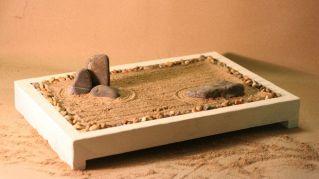 Costruire un giardino zen in miniatura: come farlo al meglio