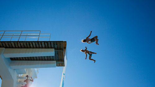 Cos'è il Dødsing, il nuovo sport estremo nato in Norvegia