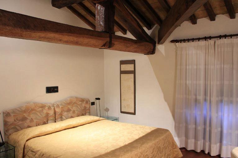 Finte Travi In Legno Per Soffitto : Travi in legno per soffitto. cheap elegant interesting travi legno