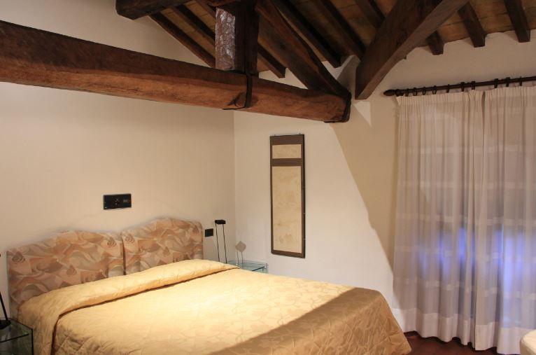 Cool soffitto con travi a vista costo soffitto con travi a for Soffitto travi a vista bianco
