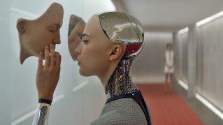 Come trasformarsi in un cyborg in un paio di semplici mosse