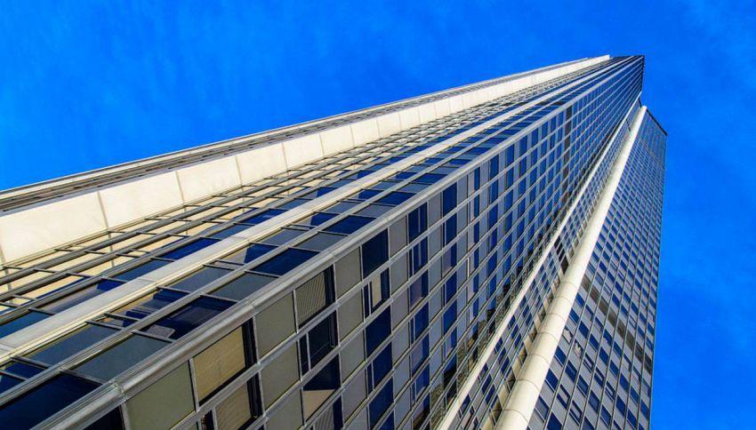Cosa succede quando tirate l'acqua del bagno in un grattacielo?