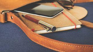Sei oggetti che hai in borsa e che possono difenderti dai malintenzionati