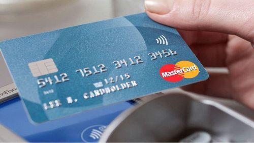 Rubare i PIN delle carte di credito dai POS è molto, molto semplice