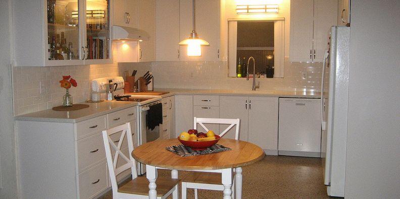 Cucine piccole: risparmiare spazio mantenendo la funzionalità ...