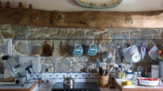 Cucina economica a legna: antico e moderno si incontrano