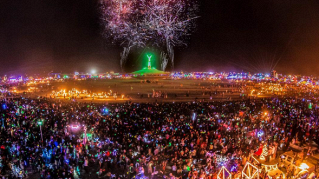 Burning Man 2016, opere d'arte, moda e panorami da togliere il fiato