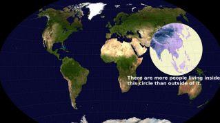 Oltre la metà della popolazione mondiale vive dentro questo cerchio