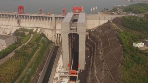 In Cina hanno costruito il più grande ascensore per navi