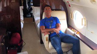 L'aereo di Cristiano Ronaldo finisce fuoripista