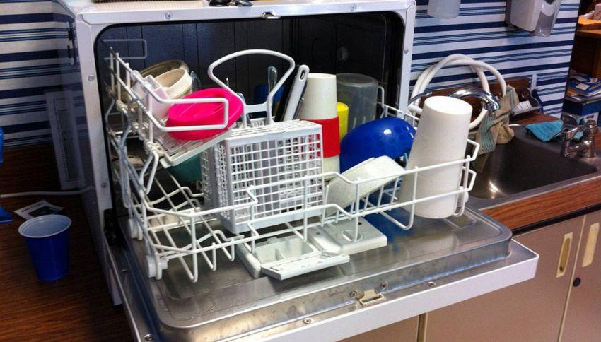 Tante persone in famiglia? Le lavastoviglie da 6 coperti: le dimensioni