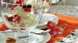 Chi ha inventato il gelato? La storia del gelato e del suo antenato