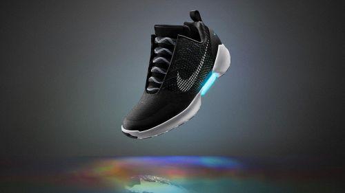 In vendita le Nike di Ritorno al Futuro che si allacciano da sole