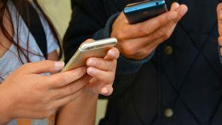 Gli psicologi spiegano come avere più successo su Tinder