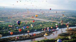 Albuquerque, il cielo si riempie di mongolfiere, il festival mondiale dà spettacolo