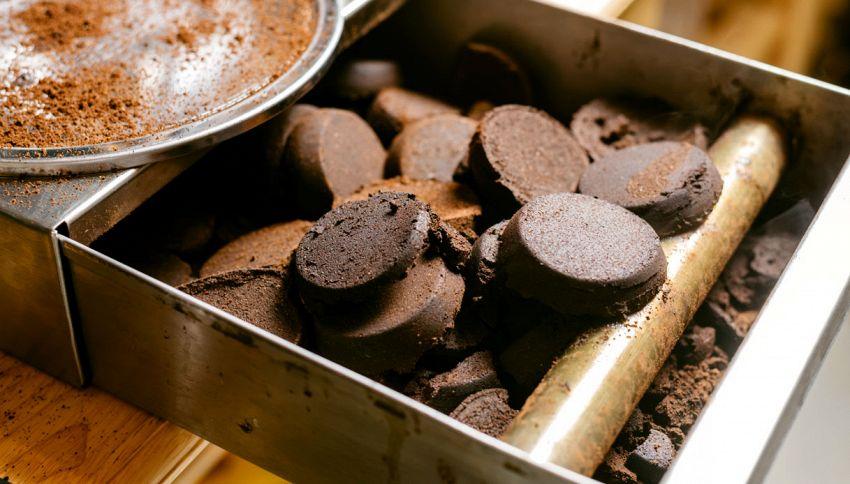 Gli scarti del caffé diventano un'eco-spugna depuratrice
