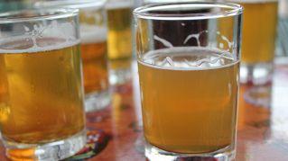 15 cose che puoi fare con la birra, e non lo sapevi