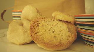 Pane e patatine vecchi, scopri come farli tornare come nuovi