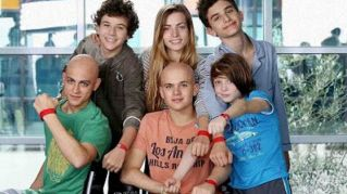 Braccialetti Rossi 3, i protagonisti: chi è Angela Curri che interpreta Bea