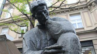 La storia dell'elettricità e di Nikola Tesla, tornato famoso grazie all'auto