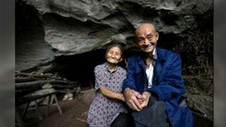 Ecco la coppia che da 54 anni vive in una caverna