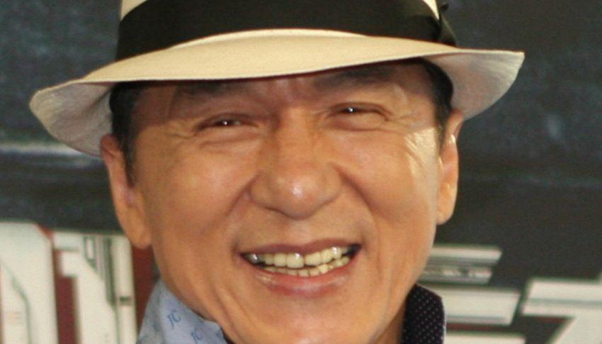 Chi è Jackie Chan, un Oscar dopo 56 anni di carriera e 200 film spaccaossa