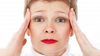 Tutto quello che dovete sapere sul mal di testa