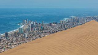 Cerro Dragon, l'incredibile duna di sabbia che protegge Iquique in Cile