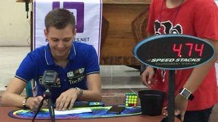 Nuovo record del cubo di Rubik. Incredibile!