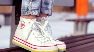 Come pulire le scarpe di tela