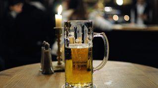 Quanto fa ingrassare la birra? Le calorie della nostra bevanda preferita