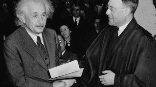 12 segni che indicano che sei molto più intelligente di quello che credi
