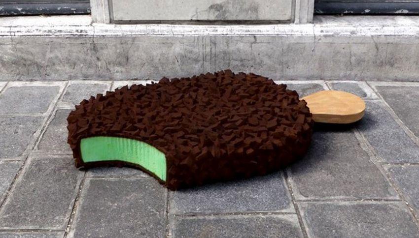 I rifiuti abbandonati per strada si trasformano in cibo: ecco come