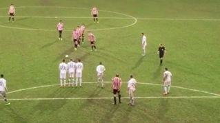 La punizione più comica della storia del calcio