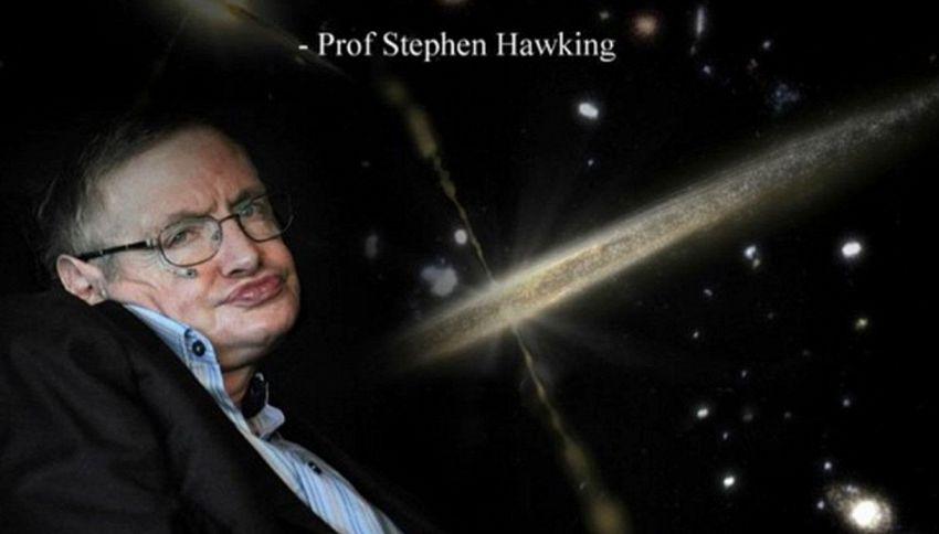 """Stephen Hawking: """"Gli alieni esistono, ma contattarli è pericoloso"""""""