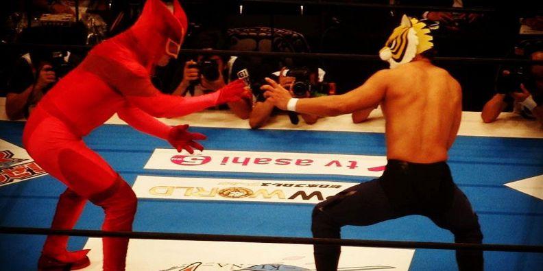 Wrestling sul ring torna l uomo tigre in carne ed ossa