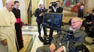 Paura per Stephen Hawking ricoverato al Gemelli per crisi respiratoria