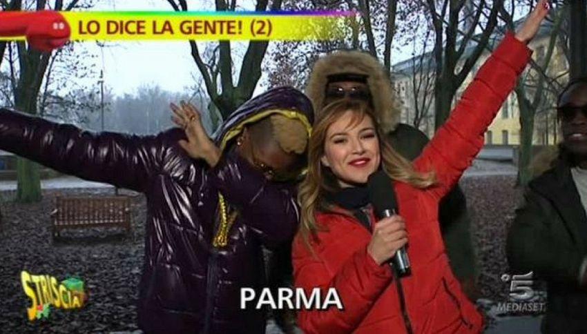 """Bello Figo a Striscia: """"Mi mantengono gli italiani. Non sono un profugo"""""""