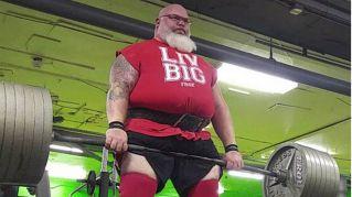 Babbo Natale esiste e può sollevare 300 chili