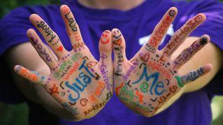 La lettura delle dita della mano rivelano cose insospettabili