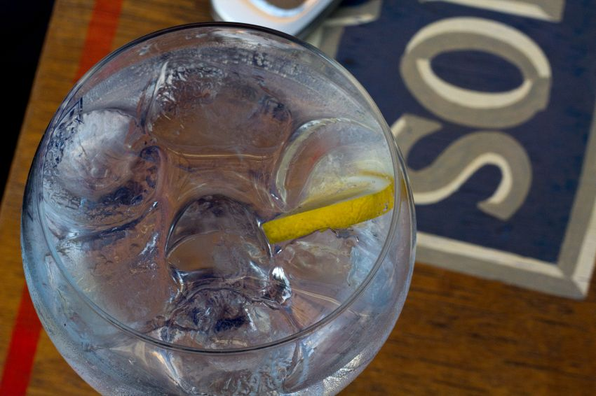 Uno spicchio di frutta nel tuo cocktail può farti molto male