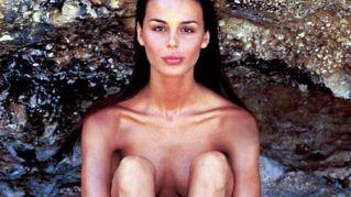 Nina Moric pubblica foto 'al naturale': scoppia la polemica