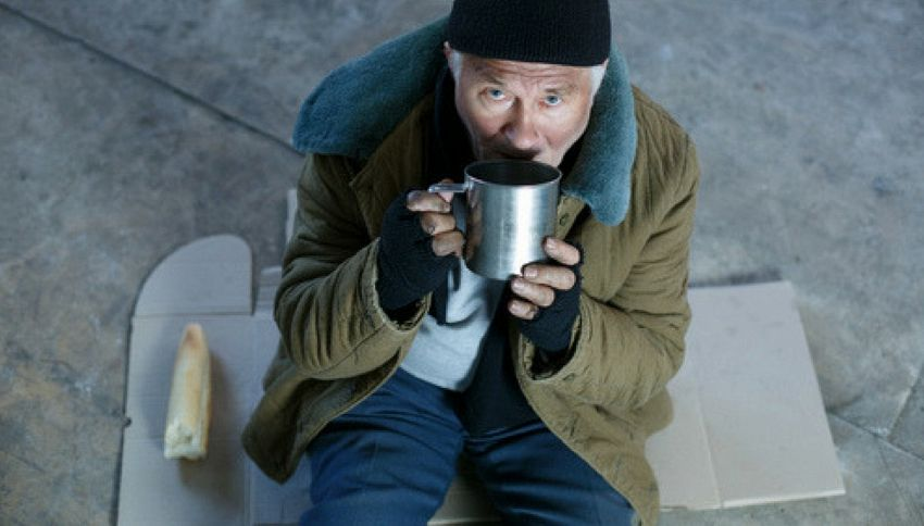 Londra, ristorante offre cena di Natale ai senzatetto