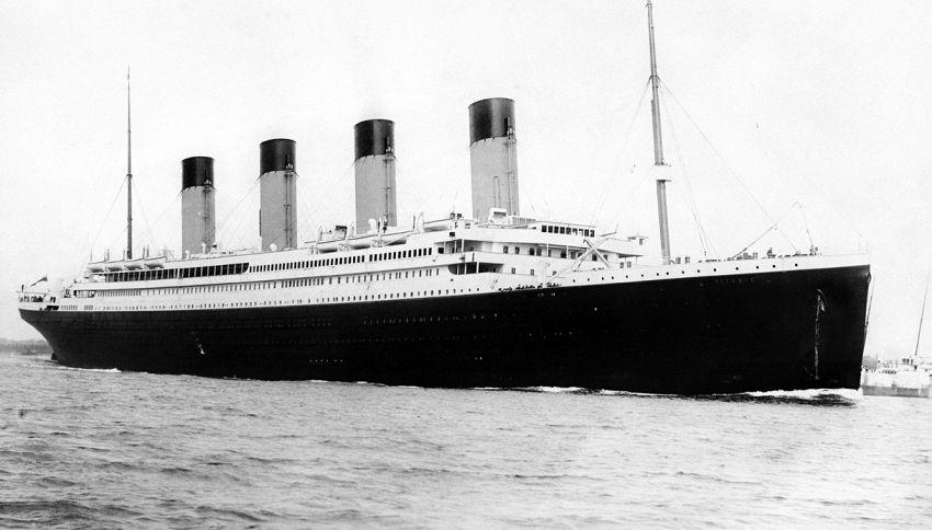 In Cina stanno ricostruendo il Titanic. Con tanto di schianto con l'iceberg