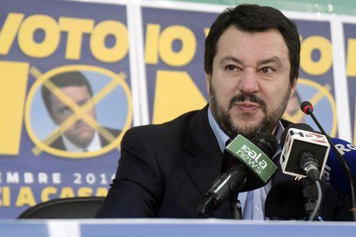 Rivolta al Cpa di Cona, Lega e Forza Italia chiedono espulsioni di massa