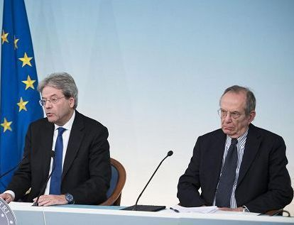 La Ue vuole una manovra correttiva. Gentiloni mercoledì da Merkel