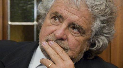 Beppe Grillo precisa: Trump-Putin statisti forti, bene se dialogano