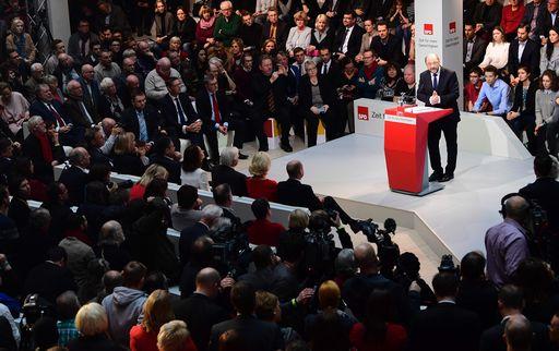 Elezioni Germania, Schulz sfida ufficialmente Angela Merkel